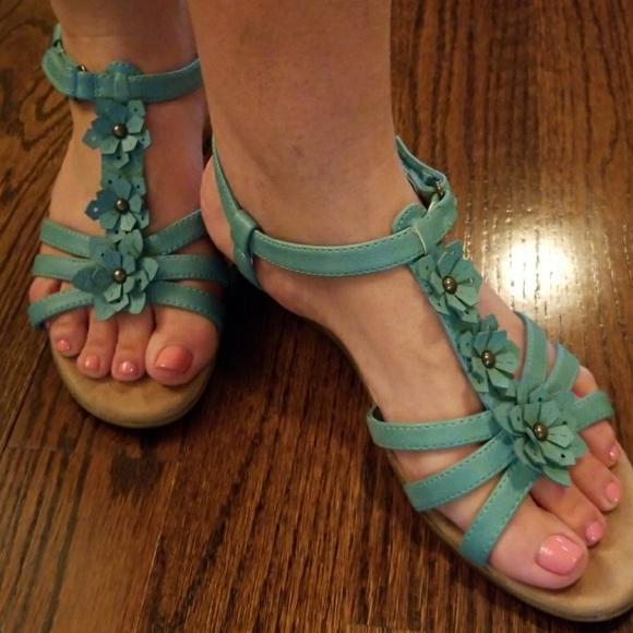 Yuu Shoes | Yuu Sandals Like New Size 9